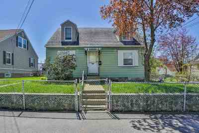 Manchester Single Family Home For Sale: 625 Green Street