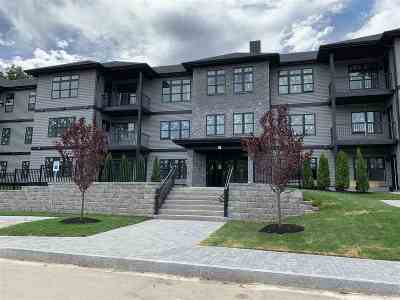 Portsmouth Condo/Townhouse For Sale: 2075 Lafayette Road Bypass #B28