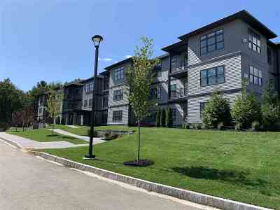 Portsmouth Condo/Townhouse For Sale: 2075 Lafayette Road #B26