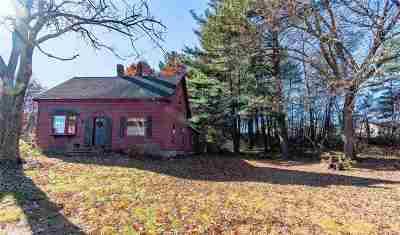 Nashua NH Single Family Home For Sale: $360,000