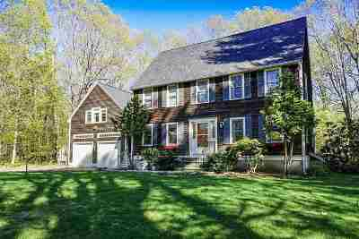 Kittery Single Family Home Active Under Contract: 23 Ridgewood Drive