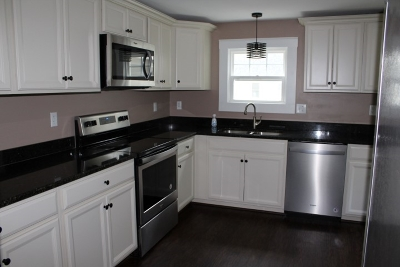 Strafford County Single Family Home For Sale: 83 Chestnut Hill Road