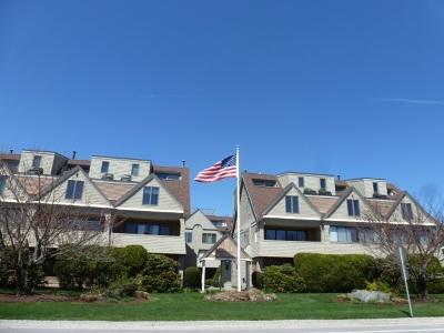 Condo/Townhouse For Sale: 989 Ocean Boulevard #20