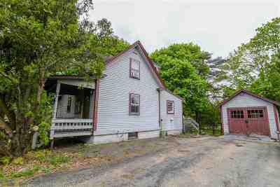 Strafford County Single Family Home For Sale: 29 West Knox Marsh Road