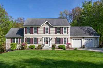Hooksett Single Family Home Active Under Contract: 7 Mountain View Road