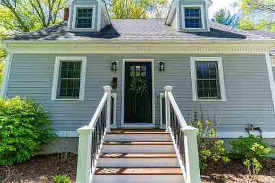 Exeter Single Family Home For Sale: 5 Louisburg Circle