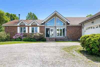 Alburgh Single Family Home For Sale: 802 Alburgh Springs Road