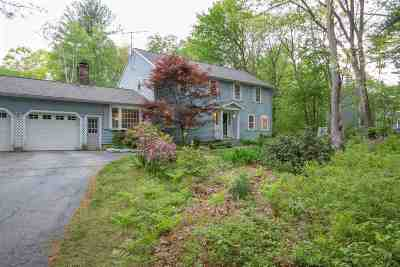 Londonderry Single Family Home Active Under Contract: 5 King Henry Drive