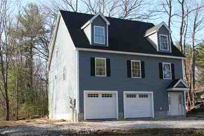 Derry Single Family Home For Sale: 76 Chester Road