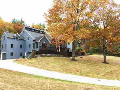 Hollis Single Family Home For Sale: 12 Federal Hill Road
