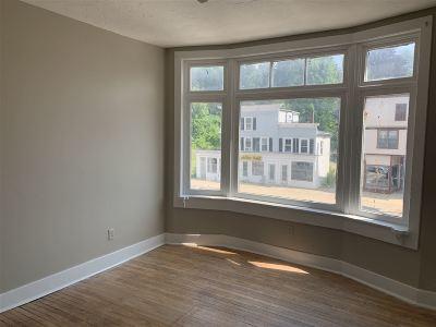 Franklin Rental For Rent: 406 Central Street #2