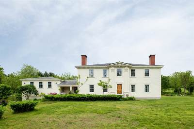 East Kingston Single Family Home For Sale: 24 Stumpfield Road