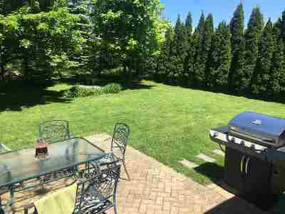 South Burlington Single Family Home For Sale: 29 Pinnacle Drive Drive