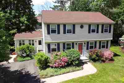 Concord Single Family Home For Sale: 10 Flume Street