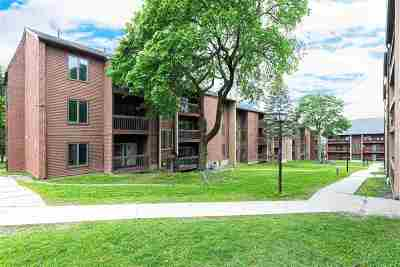 Burlington Condo/Townhouse Active Under Contract: 47 South Williams Street #204