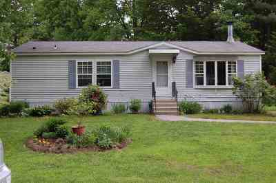 Hopkinton Single Family Home For Sale: 91 Tucker Drive