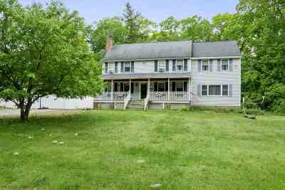 Derry Single Family Home For Sale: 124 Olesen Rd