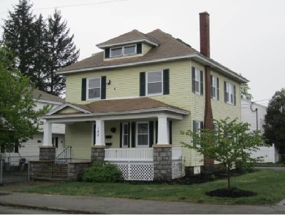 Manchester Multi Family Home Active Under Contract: 180 Calef Road