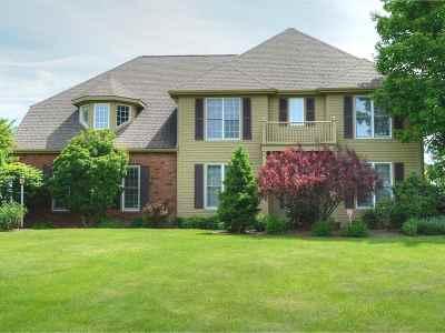 South Burlington Single Family Home For Sale: 150 Golf Course Road