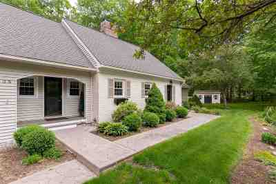 Bedford Single Family Home For Sale: 38 Ledgewood Road