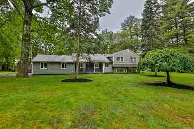 Derry Single Family Home For Sale: 4 Driftwood Road