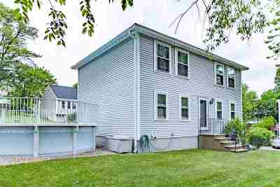 Manchester Single Family Home For Sale: 125 Hunters Village Way