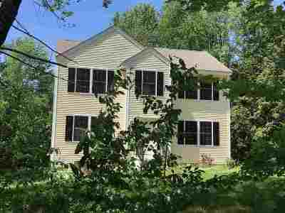 Londonderry Single Family Home For Sale: 37 Bartley Hill Road