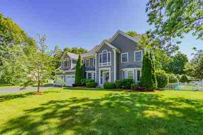Hampton Single Family Home For Sale: 26 Playhouse Circle