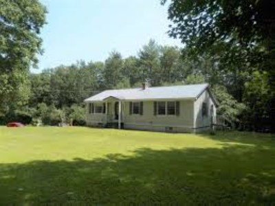 Pittsfield Single Family Home For Sale: 11 Deer Meadow Road