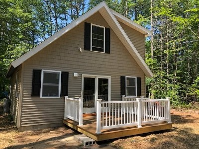 Moultonborough Single Family Home For Sale: 64 Glen Forest Drive