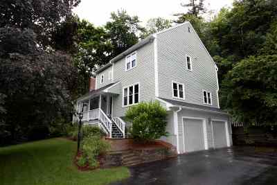 Nashua Single Family Home For Sale: 26 Bicentennial Drive