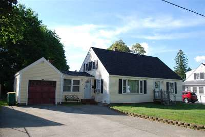 Rochester Single Family Home For Sale: 3 Hale Street