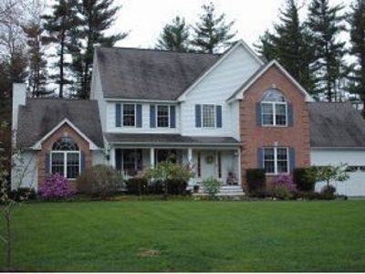 Amherst Single Family Home For Sale: 21 Mosswood Circle