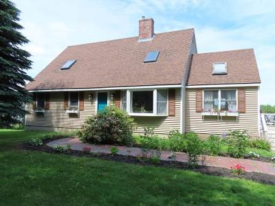 Rollinsford Single Family Home For Sale: 270 Clement Road