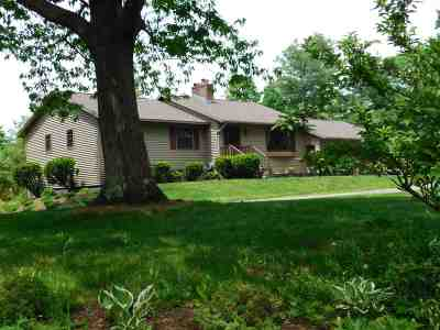 Hinesburg Single Family Home For Sale: 48 72nd Street Road