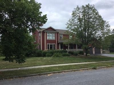 South Burlington Single Family Home For Sale: 60 Moss Glen Lane