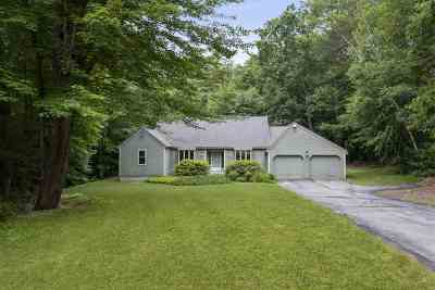 Bedford Single Family Home Active Under Contract: 21 Wentworth Drive