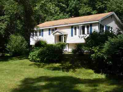 Merrimack Single Family Home For Sale: 7 Winchester Drive