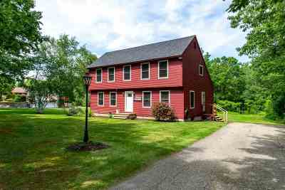 Rochester Single Family Home For Sale: 146 Chesley Hill Road