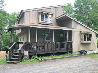 Haverhill NH Single Family Home Active Under Contract: $144,900