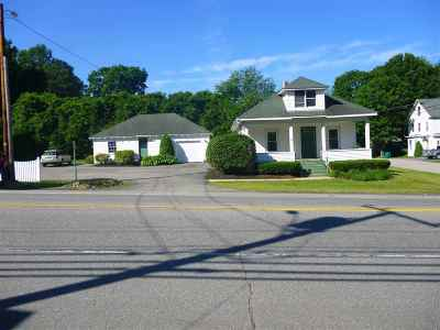Rochester Single Family Home For Sale: 25 Rochester Hill Road