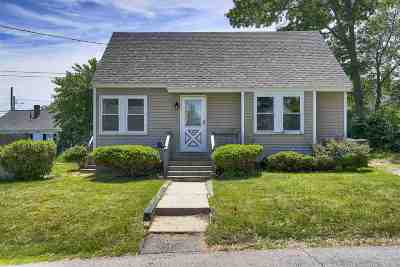 Manchester Single Family Home For Sale: 40 McGuigan Avenue