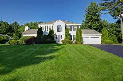 Nashua Single Family Home Active Under Contract: 3 Sandstone Drive