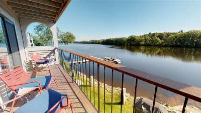 Manchester Condo/Townhouse For Sale: 51 River Front Drive #8