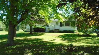 Grand Isle County Single Family Home Active Under Contract: 41 South Street