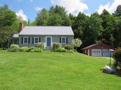 Hyde Park Single Family Home For Sale: 491 Noyes Farm Road