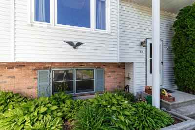 Derry Condo/Townhouse Active Under Contract: 84l Derryfield Road