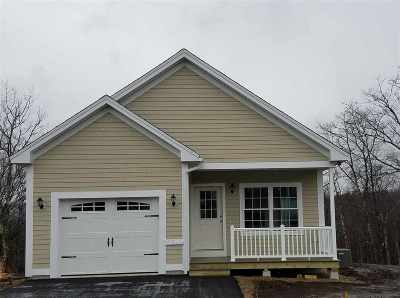 Laconia Single Family Home For Sale: 143 Memory Lane #32