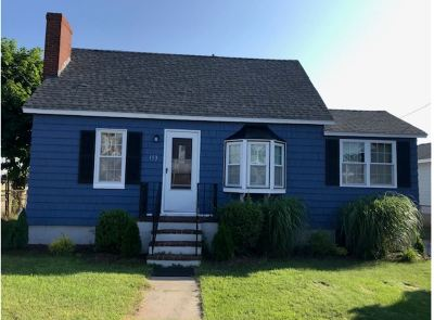 Seabrook Single Family Home For Sale: 153 Franklin Street