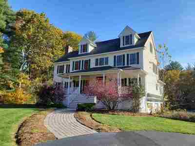 Brentwood Single Family Home For Sale: 222 Middle Road